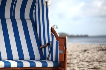 Beach-chair-981519_1280